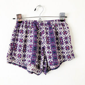 Brandy Melville Printed Lightweight Shorts